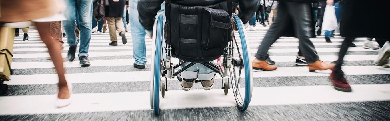 Rollstuhlfahrer kennenlernen